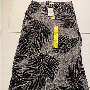 NEW Matty M Maxi Skirt Sz. Sm Black Gray Z4